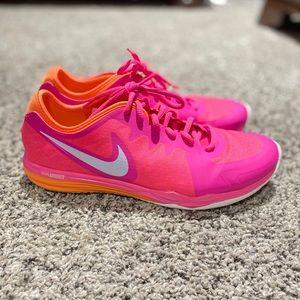Nike Women's DR TR3 Sneakers
